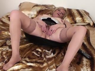 Amazing masturbation session for mature babe Eranka