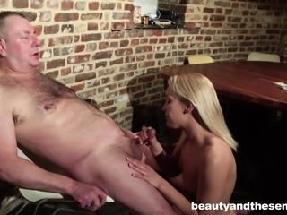 Cecilia Scott and Bryn enjoy their awesome pussy draining session