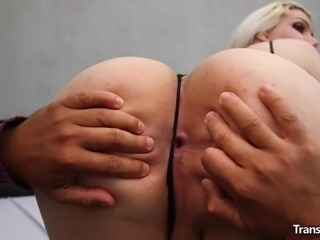 Gorgeous transsexual Lexie Beth wanted to earn some money