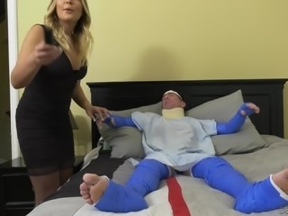 Bitch Blair Williams cuckolding her man with a lusty fucker