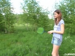 Teen lesbian Felicity licking her babe juicy pussy outdoor