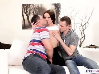 Bisexual stud assfucked while pussylicking