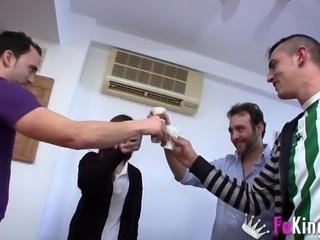 Pablo Ferrari, Jose C and David el moreno dicking Ainara's face