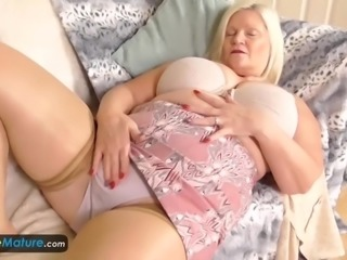 Compilation collecting busty blonde mature BBW solo footages