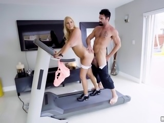 topless blonde on the treadmill