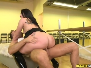Mandy Muse attacks a handsome hunk for a hardcore fuck