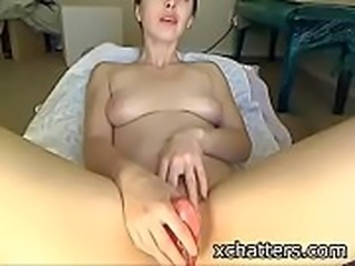 Horny amateur stimulates her pussy with vibe