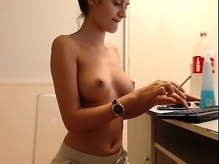 Lelu Love WEBCAM New House Tour Bath Masturbation