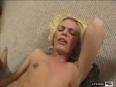 Wild blonde cowgirl Jessica Jammer teases cunt with toy while being analfucked
