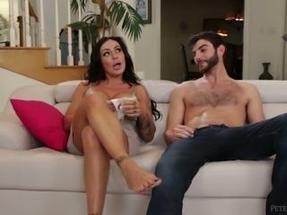 This brunette pornstar loves life on set and she loves sideways position