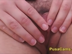 Real Teenager Hairy Pussy Closeup in Solo Mastu