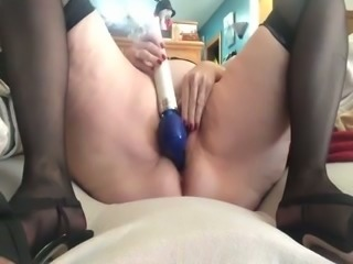 BBW mature white lady on webcam masturbating with toys