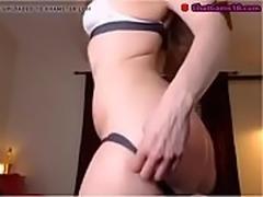 hot brunette booty jiggle spanking her ass