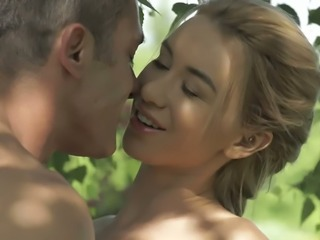 Sizzling babe Katrin Tequila gets her pussy eaten out outdoors on a sunny day