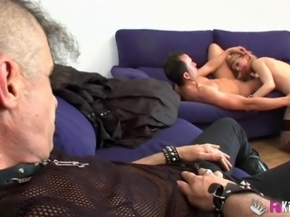 Nora Barcelona does not mind being plowed while her lover watches