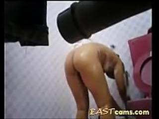Spycam captures BBW Asian bathing