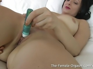 MILFs Clit Buzzing Wet Pussy Masturbation and Orgasm