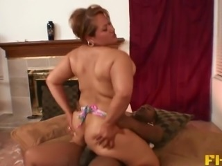 Chubby MILF Long Island and her flexible asshole get fucked hard