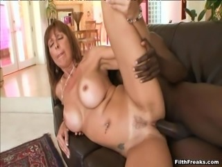 Mature chick Desi Foxx is hungry for a black guy's boner