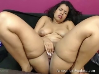Chunky and hot latina camgirl masturbates on the couch