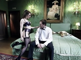 Samantha Bentley wants to be fucked up her tight anal hole