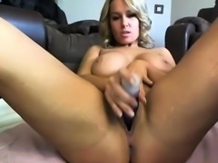 Randy beauty with big boobs wanks off on webcam