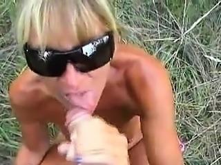 Amateur Blonde German MILF Loves Cum