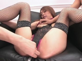 Rina's hairy love hole is all a guy is interested in exploring