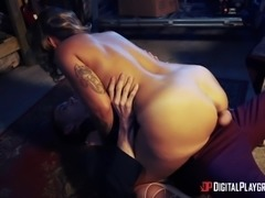 Gorgeous Liza Del Sierra yearns for a man's massive dong