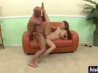 Hoy Asian babe gets her feet worshipped before he plows her pussy.