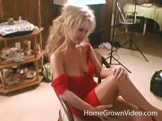 Blonde offers her amazing body to a couple of inastiable men