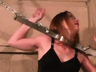 BDSM babe in hard fetish games