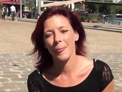 Morgane cougar rousse sexy