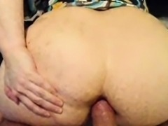 Sexy amateur brunette chick anal try out in doggystyle