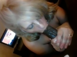 Wrinkled blond haired amateur slut provided my BBC with a great BJ