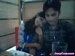 Pune Couple resturant me remoance - Jucycam