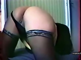 Kimmie , 47 years oldl Anal prepare before anal fucked