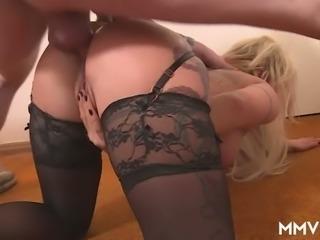 Big breasted all tattooed hooker Mia De Berg easily takes double penetration