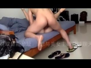 广州超淫女系列1-对着镜头咆哮操死我 - www.aaxxadult.com