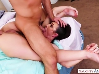 Jennifer White is just good at sex and she loves it when her man dominate her