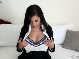 Latina office nympho Annika Eve is always greedy about giving some head