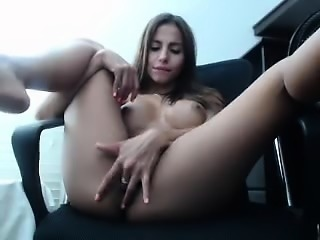 Fingering delicious Arab brunette milf on hot webcam video
