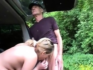 Blonde amateur girl flashes her boobs and pounded in public
