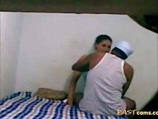 Horny indian guy fucks chubby milf madly