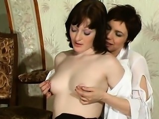 Dani Daniels and friend lesbian ass lick