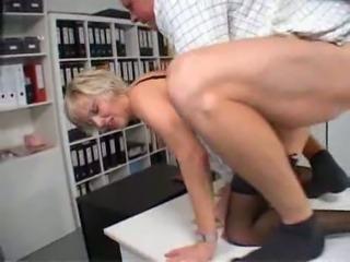 Moms50 secretary