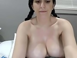 Stunning girl chatting with big boobs on cam