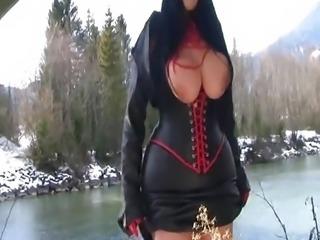 Big tits Massive Juggs - Outdoor HandJob Titfuck N Cummed