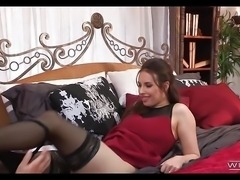Lucky Dude Fucks Gorgeous Brunette