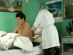Dirty ugly nurse masturbates her own disgusting cunt in front of patient